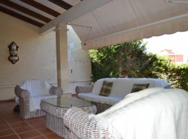 Detached house with garden at the entrance of La Manga