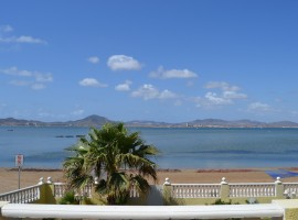 Beachfront Villa on the Shores of the Mar Menor Sea
