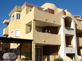Apartamento en Urb. Las Salinas por buen precio