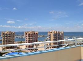 Ático en el Estacio, La Manga del Mar Menor con vistas al puerto deportivo