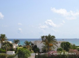 Piso en La Manga del Mar Menor con vistas al Mediterráneo en Urbanización Osiris
