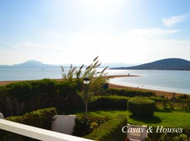 Mar Menor beach frontline town house close to the Yatching Club Dos Mares