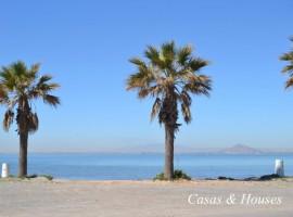 Chalet en Primera Línea de Mediterráneo
