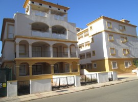 Amplio apartamento en Ribera Beach