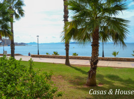 Piso en La Manga con vistas al Mar Menor y próximo a Tomás Maestre