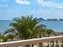 Spacious Apartment in La Manga in the area of Veneziola