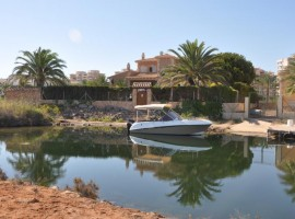 Lovely Detached Villa in La Manga First Line in Veneziola with private mooring