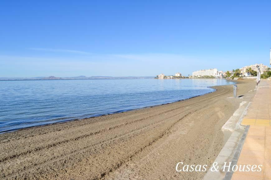 Residencial neptuno primera linea del mar frente a la isla - Inmobiliaria baron y baron ...