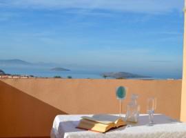 Apartment in La Manga overlooking the Mediterranean Sea