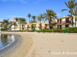 Large townhouse next to the Yatching Club Dos Mares in La Manga