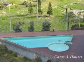 Veneziola golf apartamento de dos dormitorios con un diseño exquisito y abundante luz natural