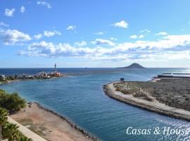 Aluse VI frente al Mar y Faro del Estacio