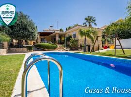 Chalet en Cala Flores con piscina