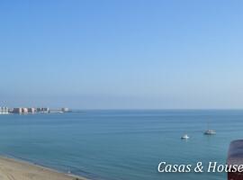Las Palmeras frente al Mar Mediterráneo